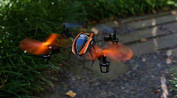 Квадкоптер Blade® 180 QX с HD-камерой